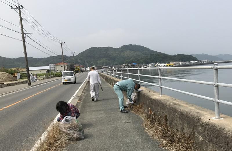 ラブアースクリーンアップ糸島清掃活動 写真